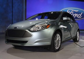 Ford to abandon selling gasoline-powered cars