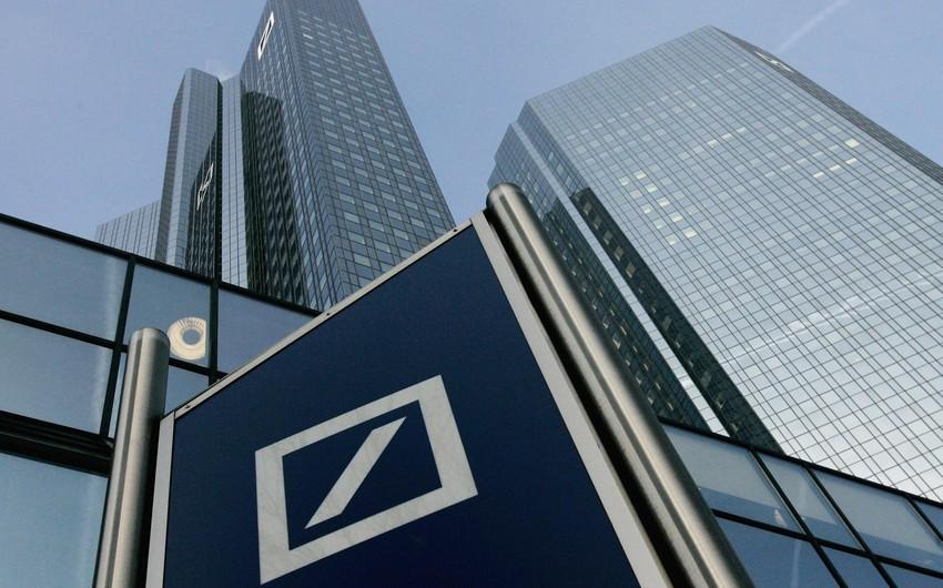 Крупнейший банк Германии запретил сотрудникам вести переписку по SMS и WhatsApp