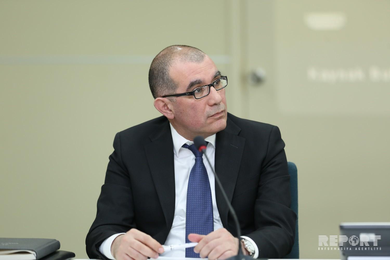 Əmanətlərin Sığortalanması Fondunun İcraçı direktoru vəzifəsini icra edən Vüqar Abdullayev / Report