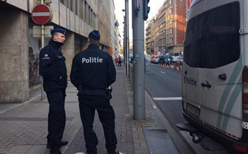 Brüsseldə partlayış təhlükəsinə görə vağzal və prokurorluğun binası boşaldılıb