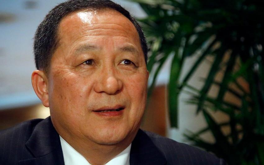 North Korean foreign minister leaves for Baku