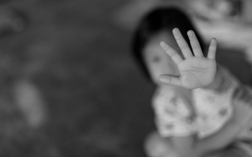 Bakı məktəbində qızları oğurlayan qadın peyda olub? - FOTO - RƏSMİ AÇIQLAMA