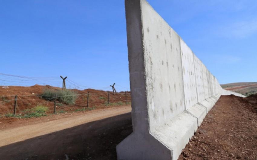 СМИ: Власти Ирака намерены построить стену вокруг Багдада для защиты от ИГ