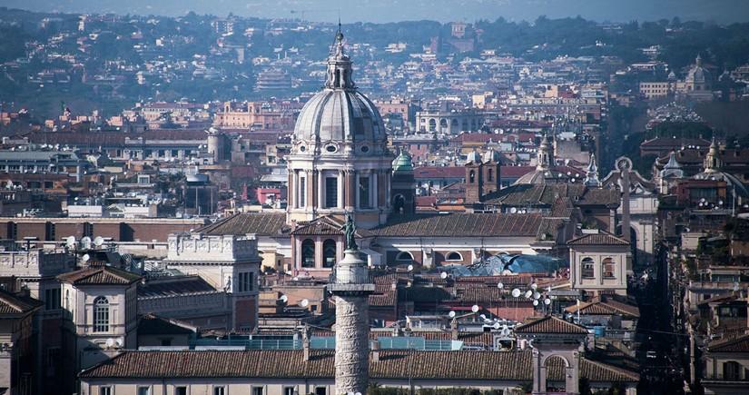 İtaliya Silahlı Qüvvələrində korrupsiya qalmaqalı baş verib