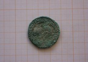 Полиция Испании нашла украденные в 2012 году римские золотые монеты на 200 тыс. евро