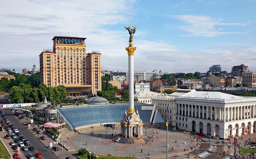 Ukrayna parlamenti buraxılıb