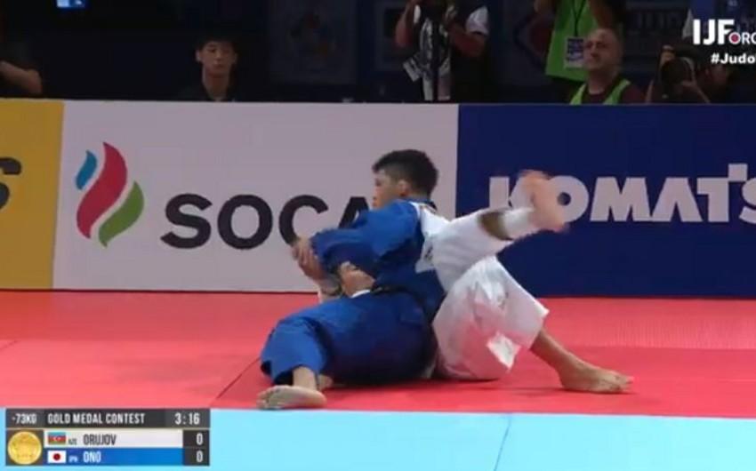 Rüstəm Orucov dünya çempionatını gümüş medalla başa vurub