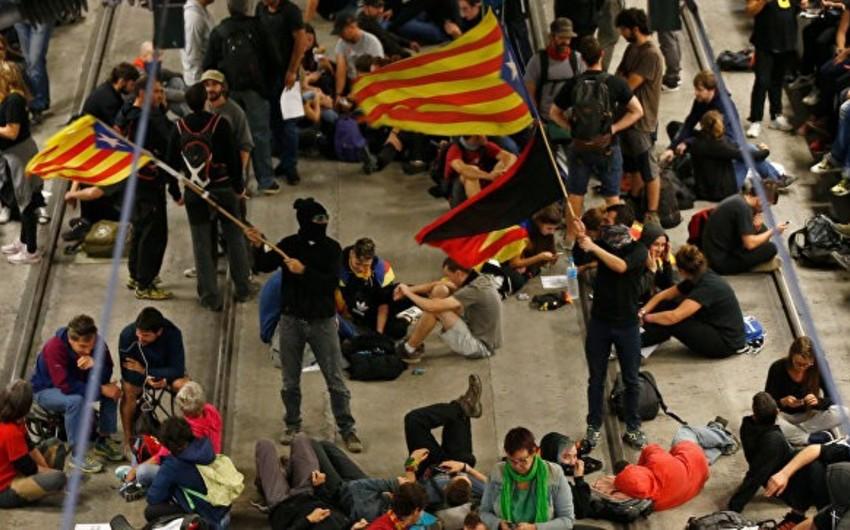 Barselonada kütləvi etiraz aksiyası keçirilib
