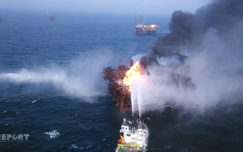 В честь погибших нефтяников воздвигнут памятник