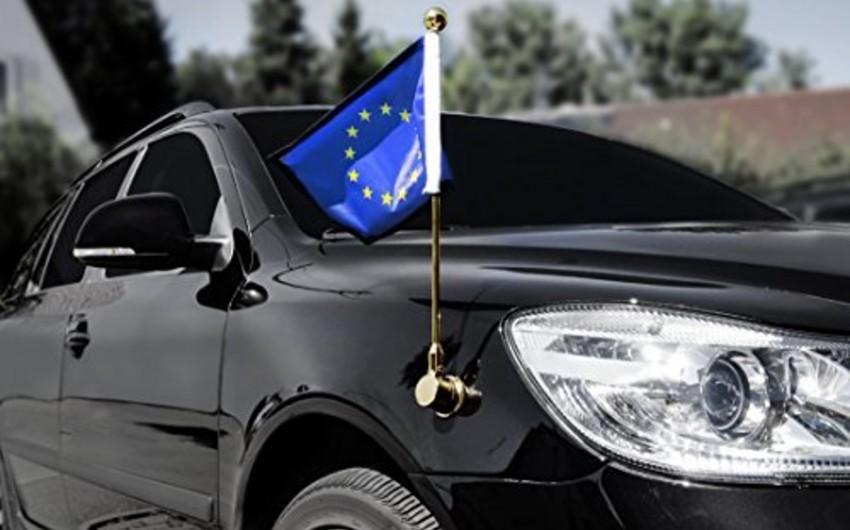 Somalidə Avropa İttifaqının bayrağı qaldırılmış avtomobil kortejinə hücum olub