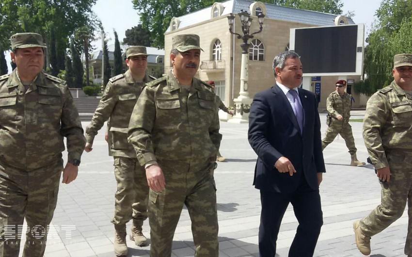 Министр обороны: Разрушены посты, расположенные на вражеской позиции - ФОТО