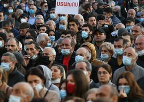 Ermənistan parlamenti qarşısında etiraz aksiyası keçirilib