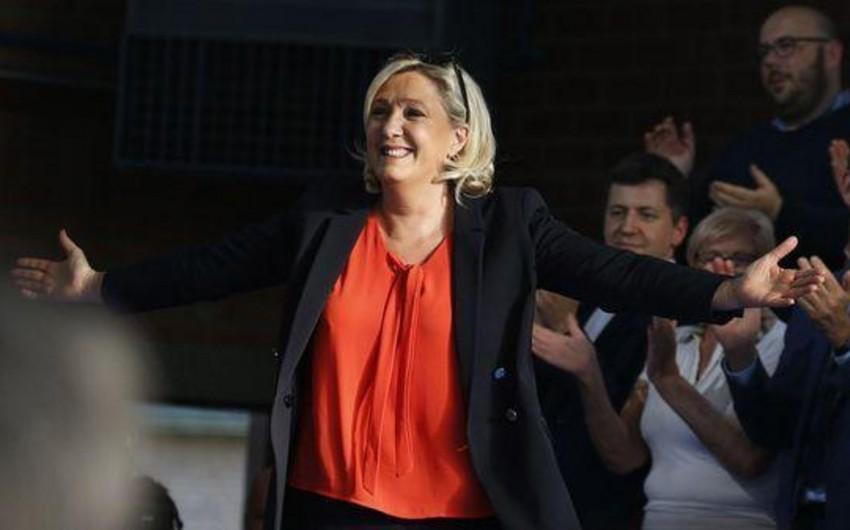 Fransada Avropa Parlamentinə keçirilən seçkilərdə Lö Penin partiyası liderlik edir - YENİLƏNİB