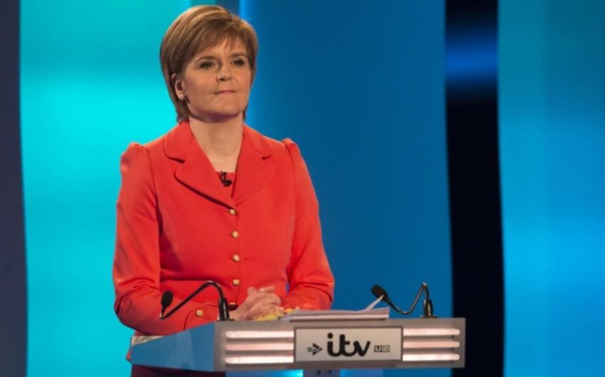 Nikola Stercen: Şotlandiyanın müstəqilliyi barədə referendum yaxın iki ildə keçirilə bilər