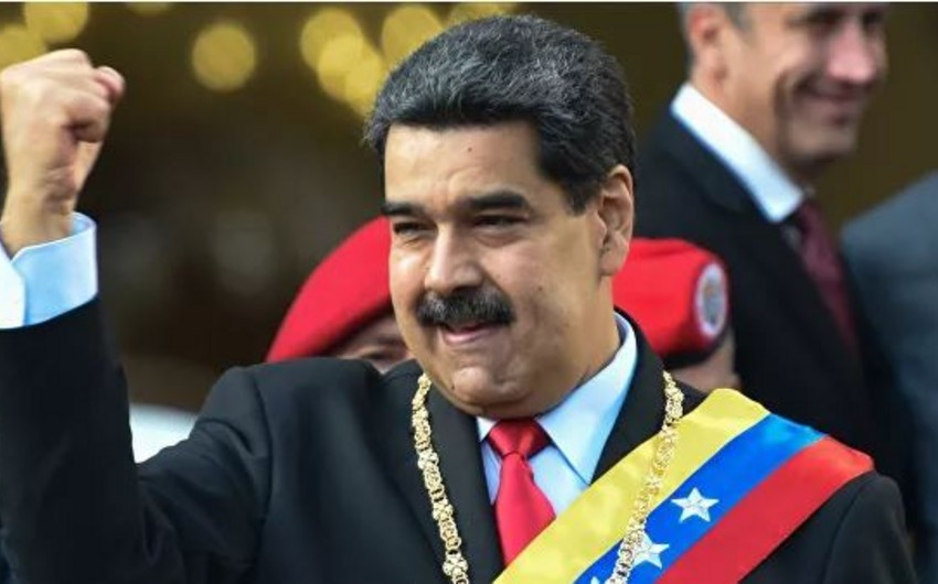 Maduro: Kolumbiya ilə sərhəddəki təlimlər müdafiə xarakterlidir