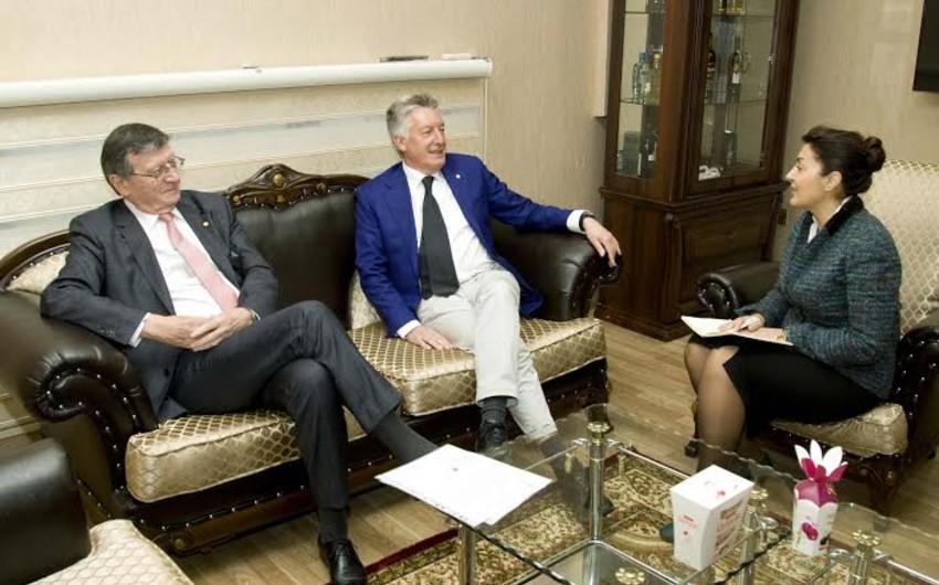 Avropa Voleybol Konfederasiyasının yeni prezidenti Bakıya və Qubaya səfərə gəlib - FOTO