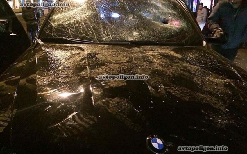 В центре Одессы неизвестные разбили «BMW X5» и похитили азербайджанцев