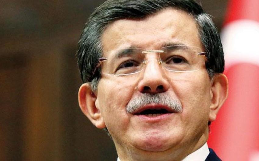 Davutoğlu: İstanbulda törədilən terror aktı ilə bağlı daha 4 şəxs saxlanılıb