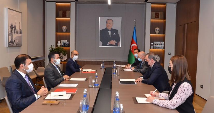 Джейхун Байрамов встретился с президентом Молодежного форума ОИС