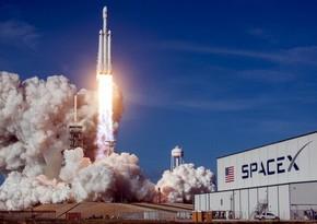 SpaceX вновь отложила запуск ракеты со спутниками