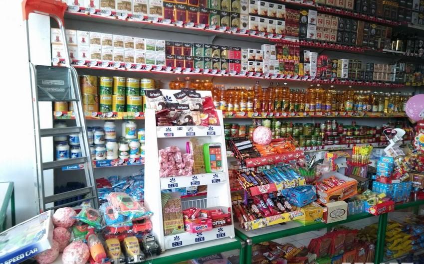 Qaxda mağazadan 10 min manatdan çox pul oğurlanıb - FOTO