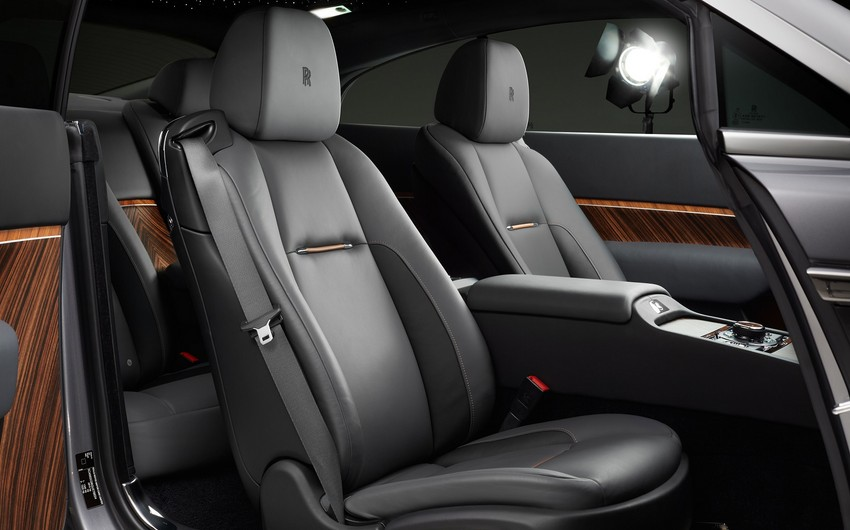 Azərbaycan müştərilərinə yeni Rolls-Royce avtomobili təklif olunur
