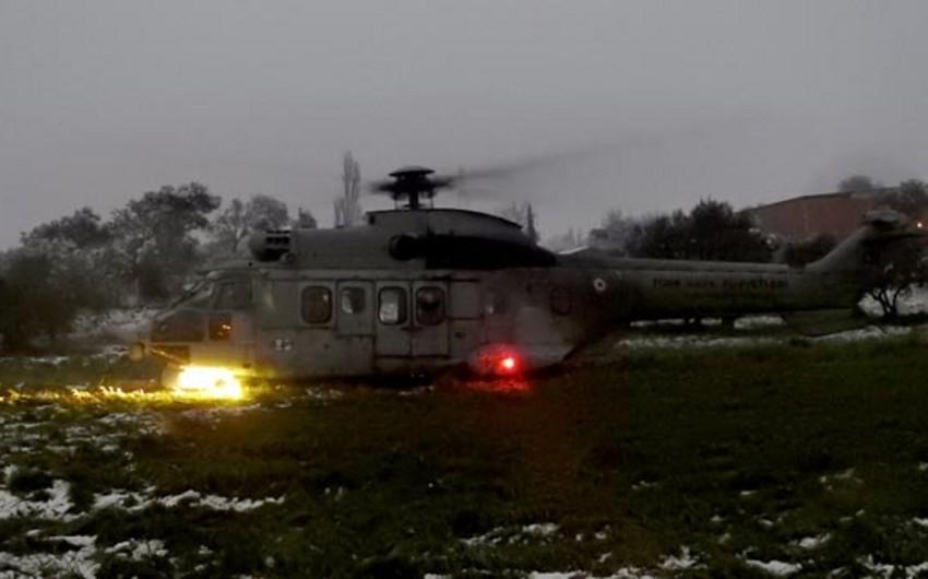 Türkiyədə hərbi helikopter təcili eniş edib