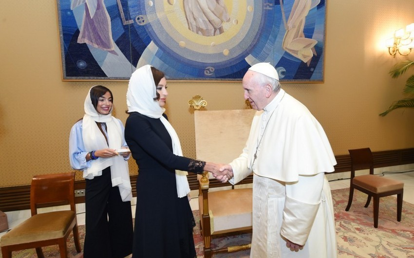 First Vice-President of Azerbaijan Mehriban Aliyeva meets with Pope Francis