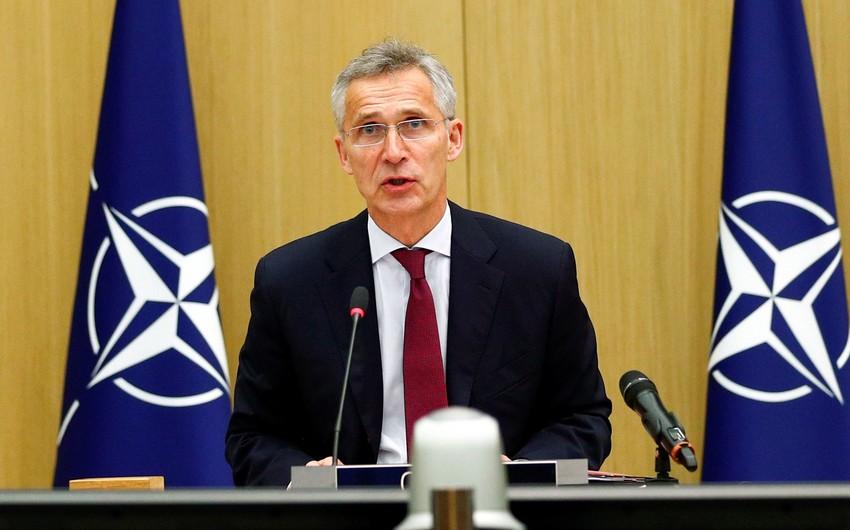 Yens Stoltenberq NATO ölkələrini müdafiə xərclərini artırmağa çağırıb