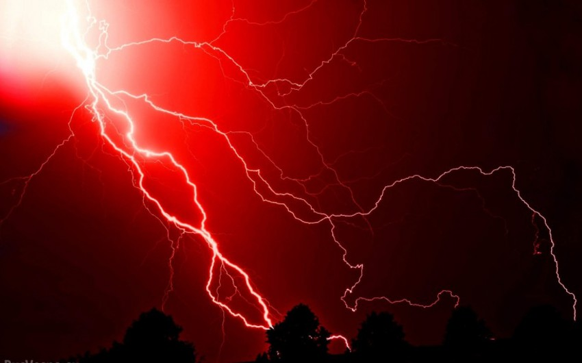 Житель Джалилабада скончался от удара молнии