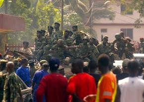 Qvineyanın hərbi rəhbərliyi iki il hakimiyyətdə qalmaq niyyətindədir