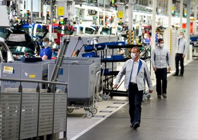Volkswagen cuts working hours due to shortage of chips