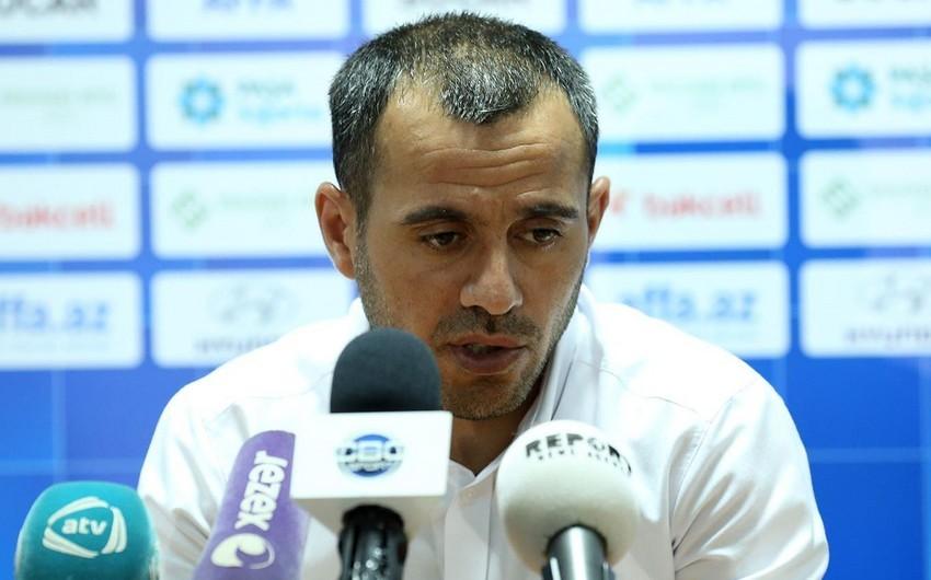 Ayxan Abbasov: Premyer Liqadan U-21-ə getmək enişdir, əsas millini düşünmək olar