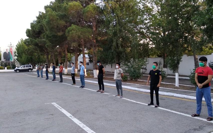 Siyəzəndə karantin rejimini pozaraq məclis təşkil edən gənclər cərimələndi