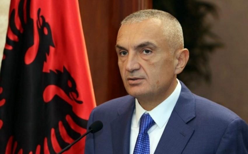 Albaniya dövlət başçısı Prezident İlham Əliyevi təbrik edib