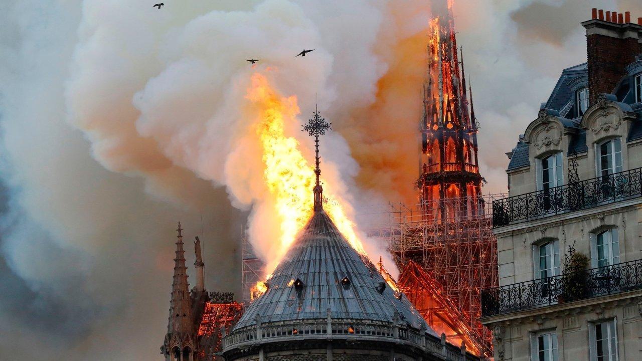 Постпред Азербайджана в ЮНЕСКО: Пожар в соборе Нотр-Дам-де-Пари - большая трагедия