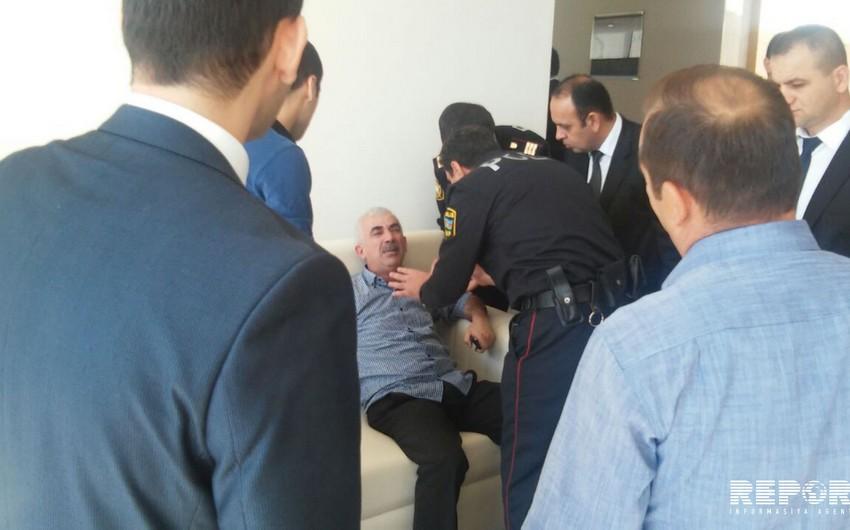Azərbaycanda ilk açıq özəlləşdirmə hərracında dava düşüb - FOTO