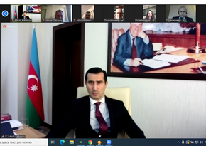 Dövlət Vergi Xidmətinin əməkdaşları beynəlxalq dəyirmi masada iştirak ediblər