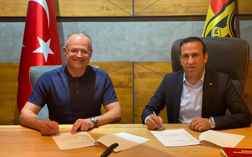 Türkiyə klubunun yeni baş məşqçisi açıqlandı
