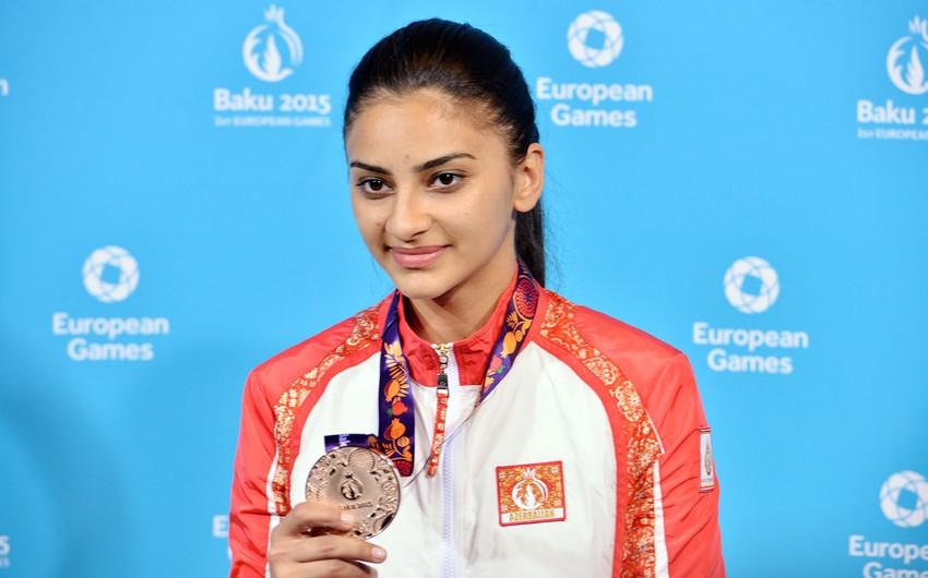 Azərbaycan Bakı 2015də ilk medalını qazanıb