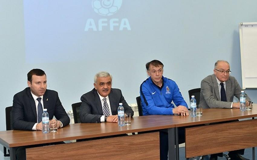Руководство АФФА встретилось со сборной перед отборочным матчем с Хорватией - ФОТО