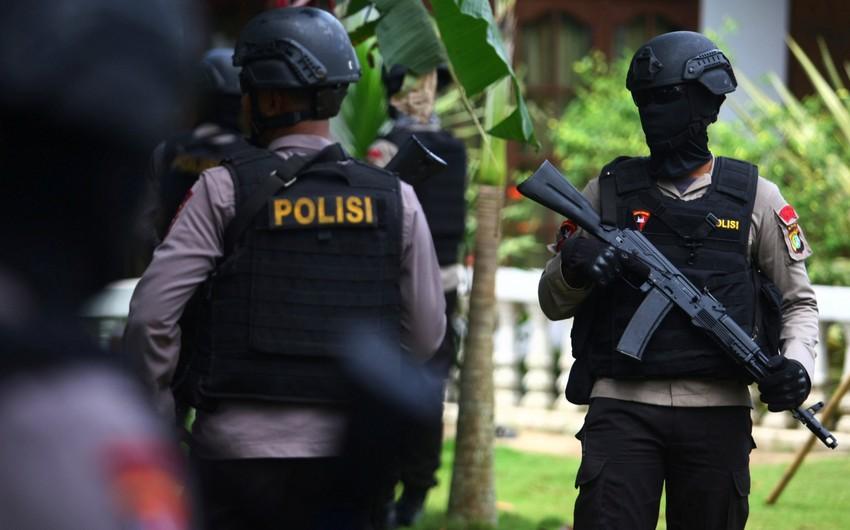 В Индонезии у дома местного политика обнаружен предмет, похожий на бомбу