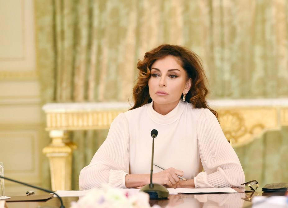 Mehriban Aliyeva elected as honorary member of Union of Architects