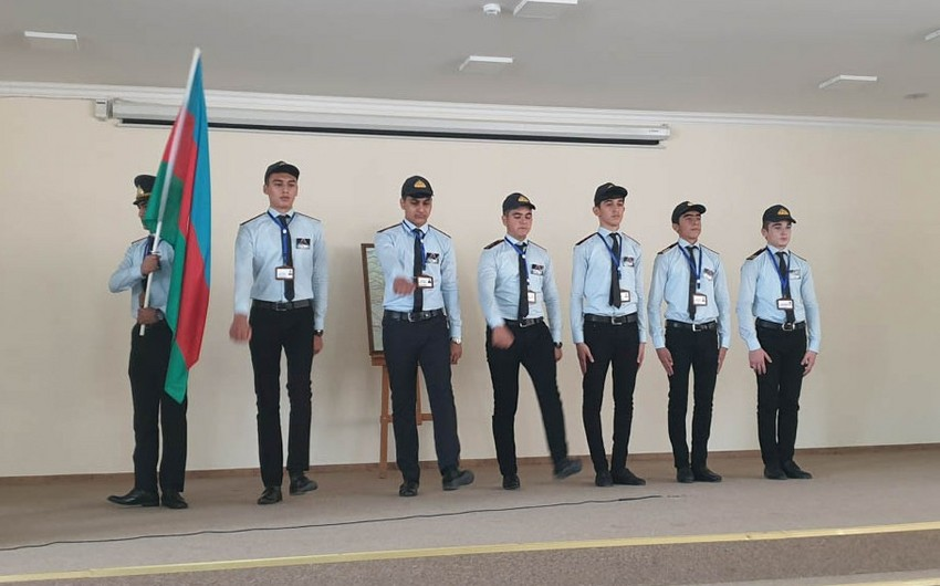 В Азербайджане созданы группы Поддержки дорожной полиции