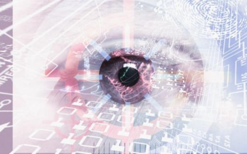 İnternet virusunun yaradıcısı günahını etiraf edib