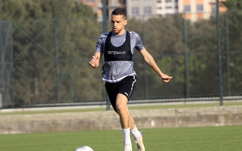 Millimizin baş məşqçisi israilli futbolçuya dəvət göndərdi