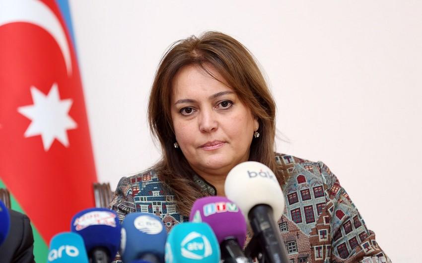 Umayra Tağıyeva: Marketlərdə parça və kağız torbalardan istifadəyə üstünlük verilməlidir