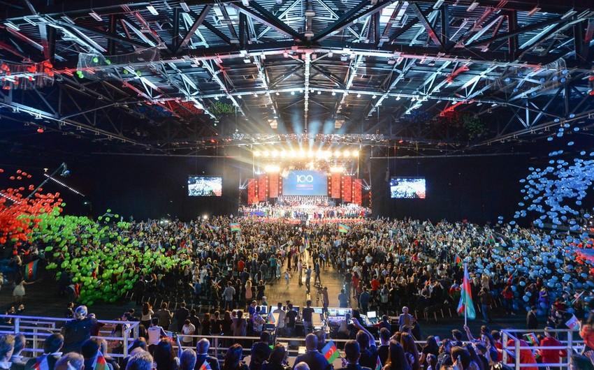 Xalq Cümhuriyyətinin 100 illiyinə həsr olunan konsertdən - FOTOREPORTAJ