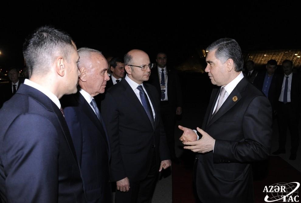 Завершился визит Президента Туркменистана Гурбангулы Бердымухамедова в Азербайджан