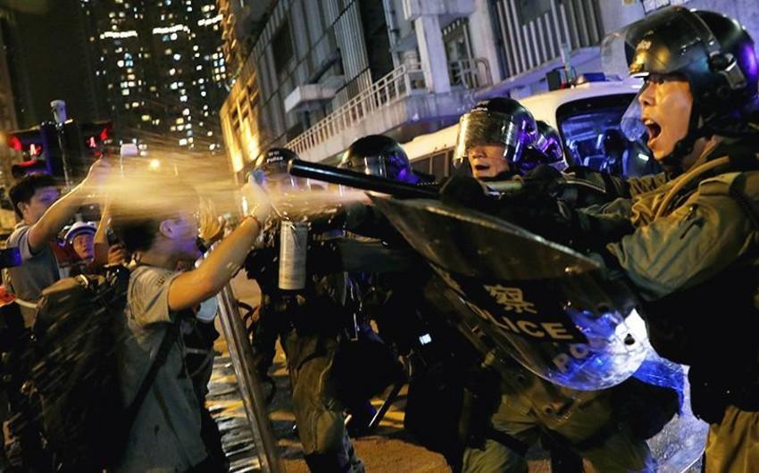 Полиция в Гонконге задержала свыше 300 участников беспорядков - ОБНОВЛЕНО